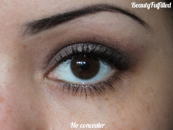 Concealer - Fake Up by Benefit Review and swatches 03